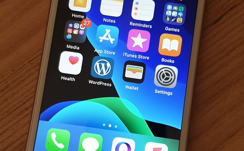Do Apple really slow down older iPhones with softwareupdates?